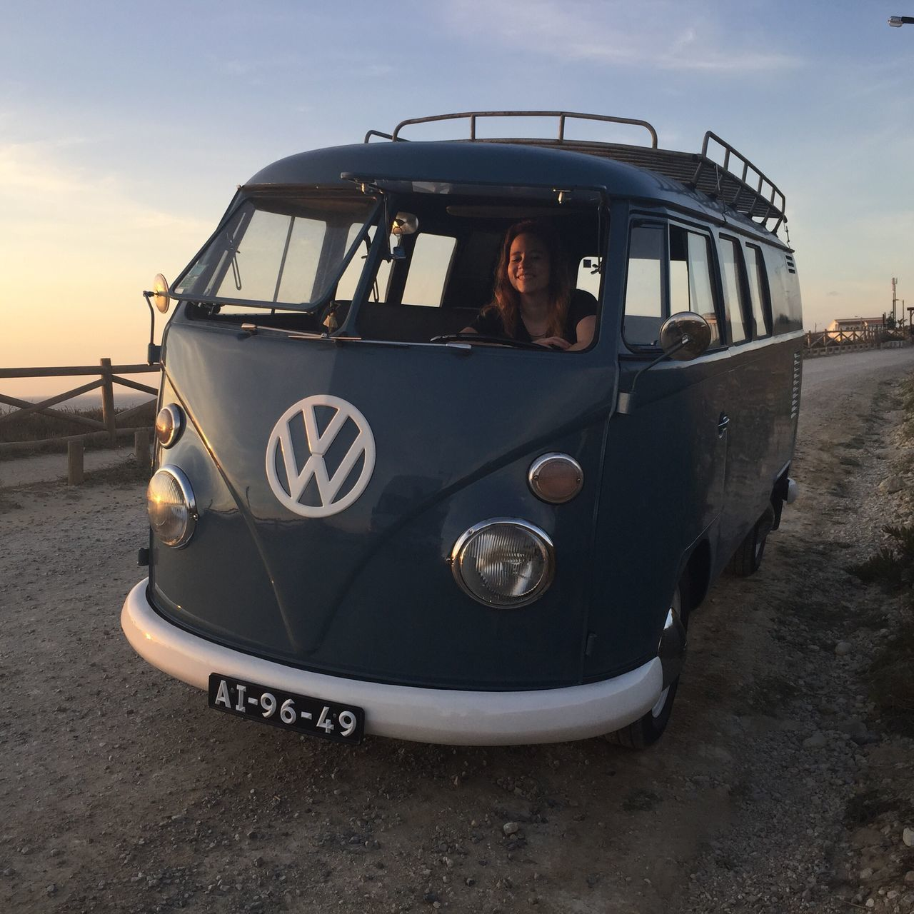 Surf VOLKSWAGEN TYPE II Lifestyle Photography Sunset Cool Surf Life Photography Photooftheday Photo Beachphotography Beach Setlife Movie Life