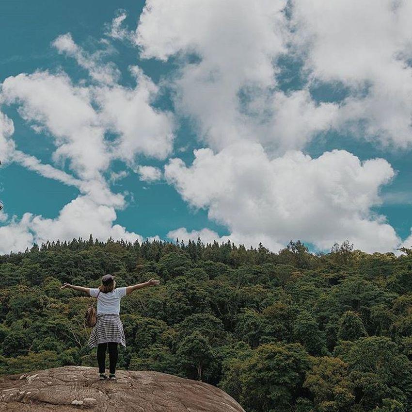 ... . . สู่.....โลกกว้าง . . Fujifilm_xseries Fujifilm Thailand_allshots Thaistagram Adayinthailand VSCO Vscocam Vscothai Vscogood InstaVsco Natureza Ig_thailandia Igersoftheday Icu_thailand Walkwaywhy Webangkok Webstagram Loves_siam Travelgram Instago Vsco_hub Worldcaptures Wonderful_places Igpodium_life Fujixseriesclubthailand