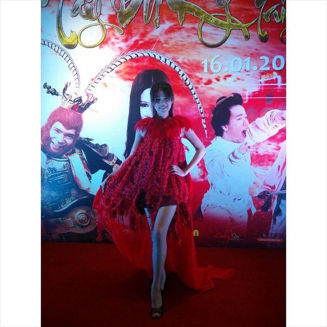 Khongtuoc Tuocnhi Red Dress Hopbao Taydukihautruyen galaxynguyendu hcm vietnam