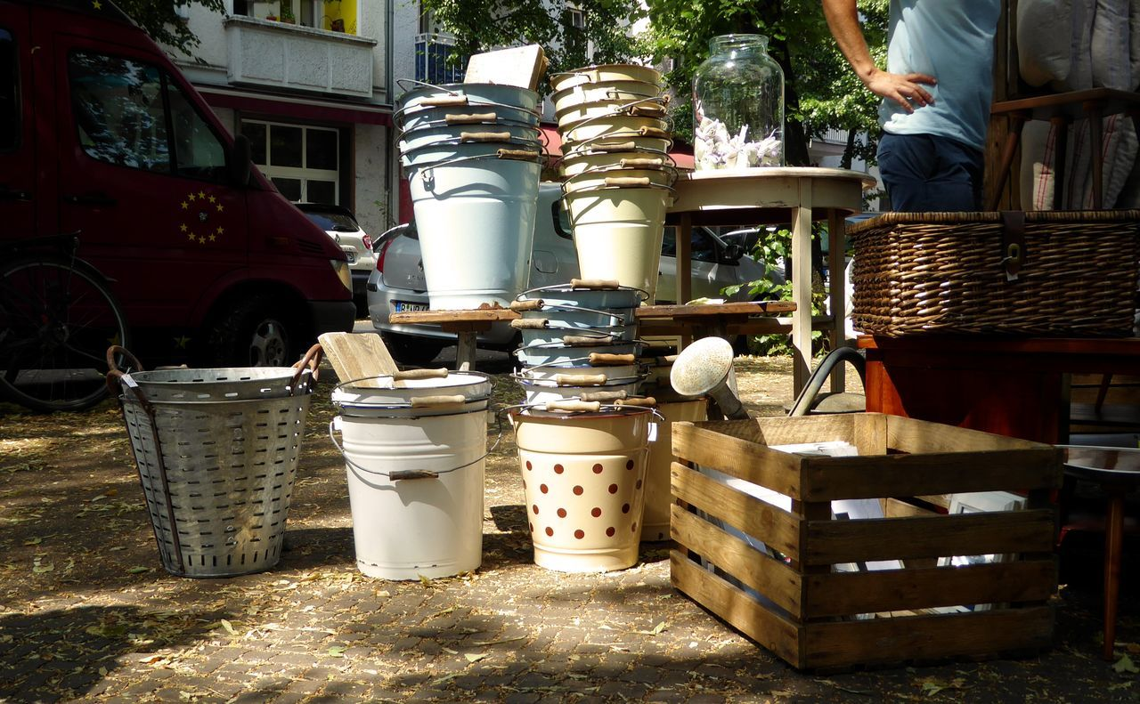 Flea market Absence Basket Bucket Buckets City Life Container Day Eimer Empty Fleamarket Flohmarktfundstück French Style No People No People, Old House Stuff Outdoors Outdoors Photograpghy  Sunday Morning Vintage Vintage Shopping