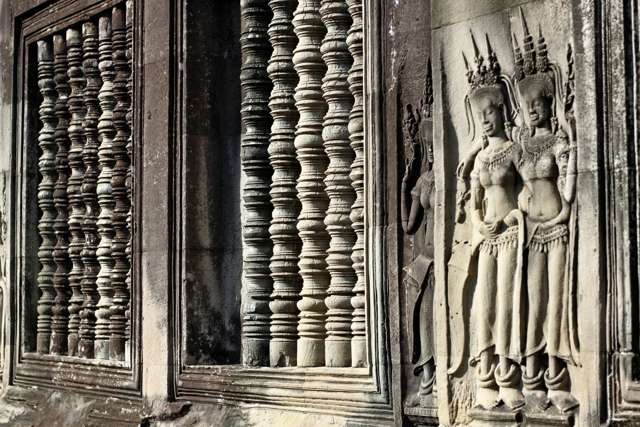 Angkor Wat Angkor Wat, Cambodia Angkor Wat, Siem Reap, Cambodia Angkorwat Architecture Bas Relief Building Exterior Built Structure Day Door No People Outdoors Pattern Place Of Worship Relief Relief In Angkor Wat Relief In Temple Relief Sculpture Reliefs Religion Spirituality