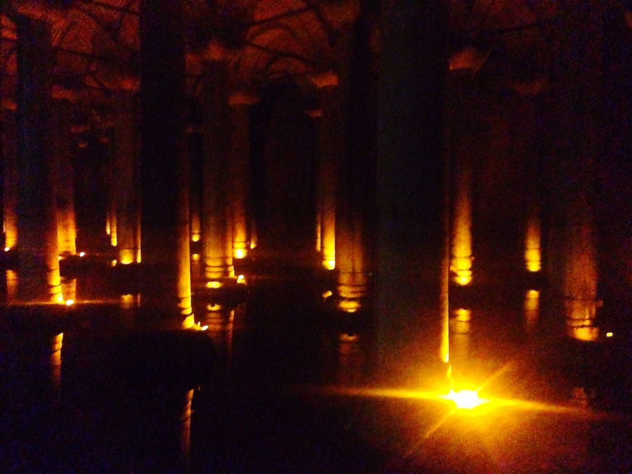 Yerebatan Sarnıcı Istanbul Yerebatansarnıcı Istanbul Turkey Yerebatancistern Basilica Basilikacistern Yerebatan Istanbuldayasam Eyem Best Shots Symmetryporn Symmetry_art Istanbullovers Istanbul Turkey YerebatanSarnici Magic Moment Of Silence MagicMoments Magical Moments Magical Lights Enjoying This Moment Of Inspiration Good Vibes ✌ Magic Hour