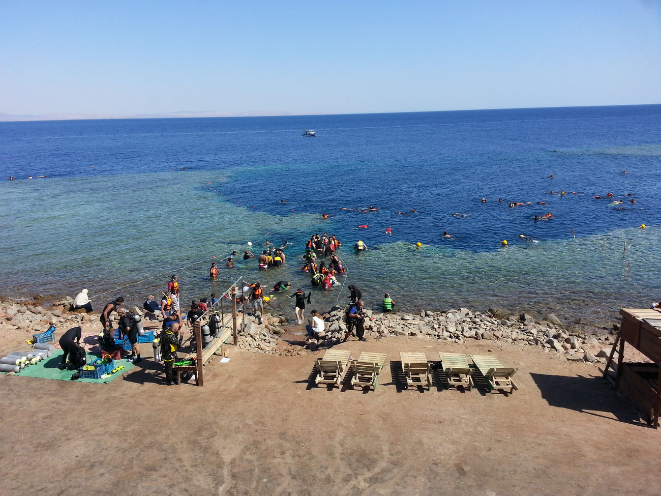 Egypt Sharm Blue Hole Day Like Smile ✌ Egypt Woow Sea And Sky EyeEm EyeEm Gallery Sky Sun Close-up Love ♥ Sea People EyeEmNewHere Eat More Fruit Diving Diver Snorkling Snorkeling Swimming :) Swimming Hole Snorkel Diving Live For The Story