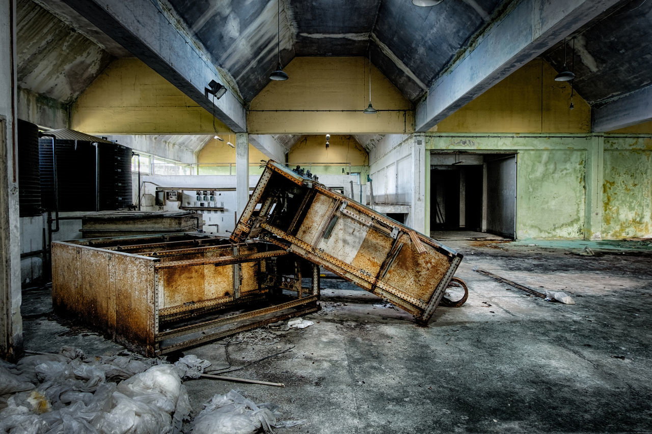 HDR effect image of abandon warehouse. rusty and broken equipment Abandoned Abandoned Buildings Abandoned Places Dilapidated Directly Above Indoors  Interior Old Old Buildings Perspective Warehouse