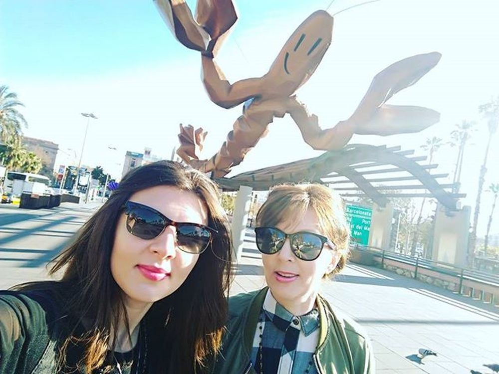 Aaaa,the shrimp is watching us...run,mamá,run! Shrimp Meandmum Barcelona Catalunya Morningwalk Gangstame