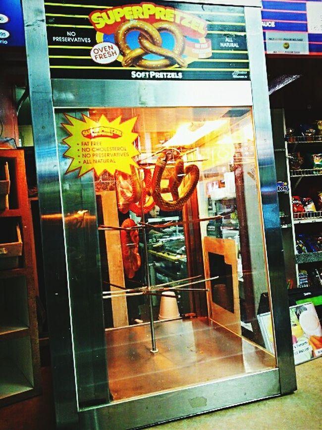 Super pretzels Food Eat Soft Yummy♡ Good Snacktime Hot Fretzels Lights