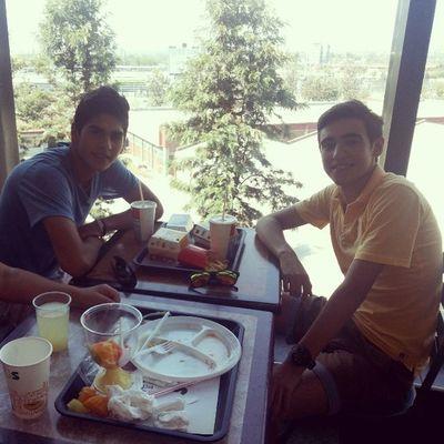 Almorzando con Camilito y una tremenda panorámica!