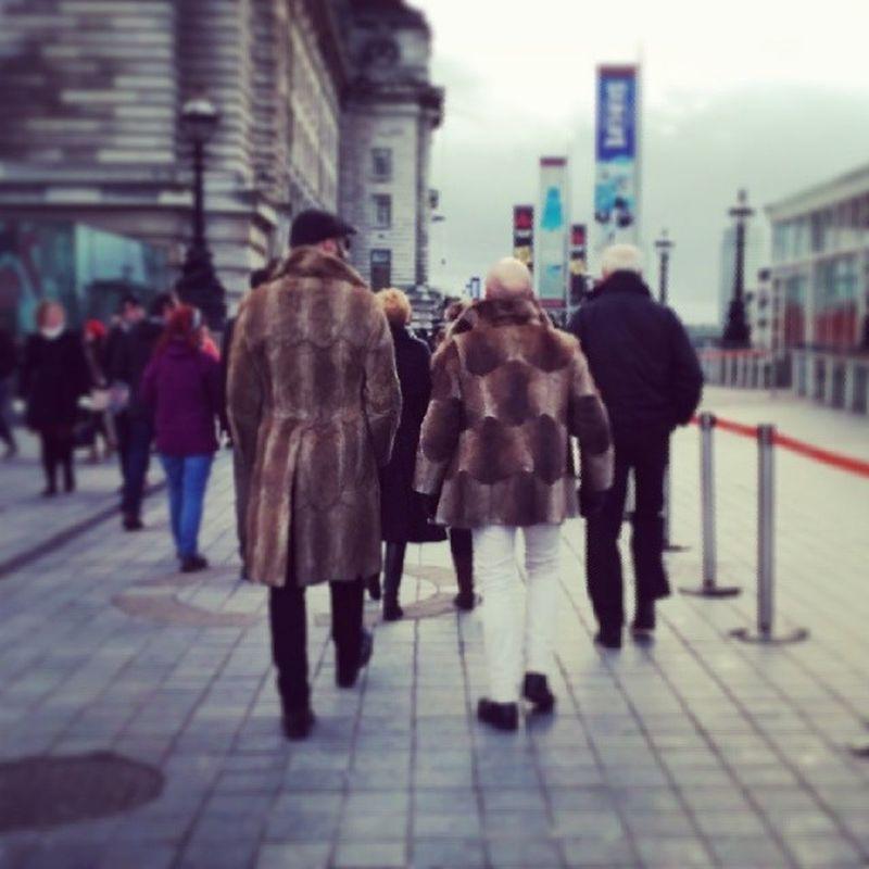 You got ME a fur coat?! I got YOU a fur coat! Besties Xmasgiftshowdown Extremecoats Rar
