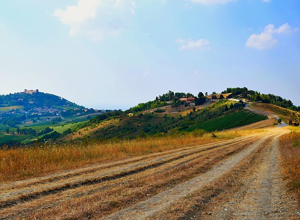 Deceptively Simple Strada Montalto Panorama Road
