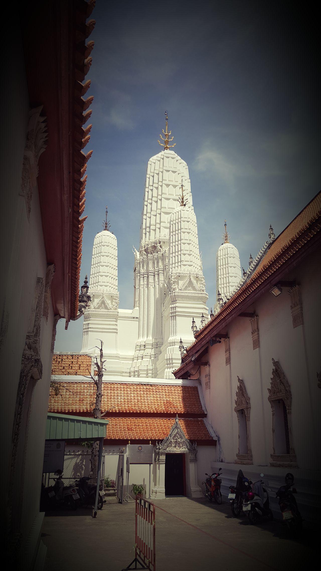 วัดมหาธาตุวรวิหาร เพชรบุรี Architecture Temple - Building