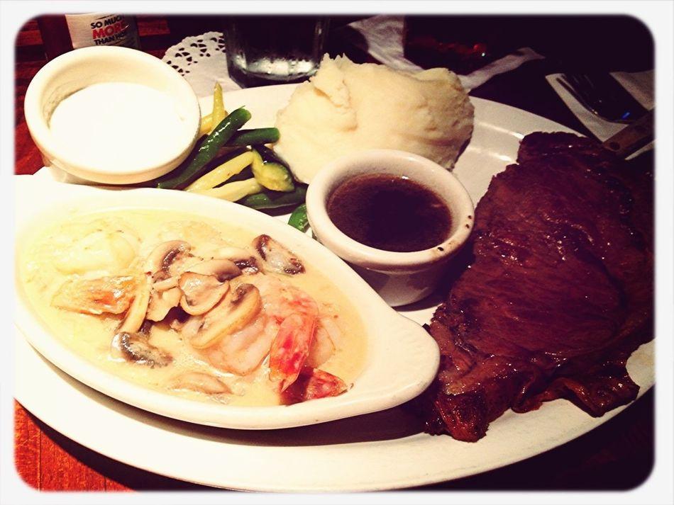 Dinner with my lovey mom tonight. Prime rib yummmy so good