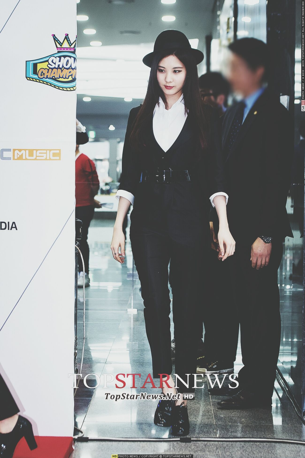 [UPDATE] 140319 SNSD @ MBC Champion 100th Special Red Carpet -[©TopStarNews] Seohyun SNSD GirlsGeneration Soshi