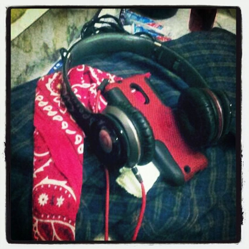 BEATS Flag Bloopn Shway Red Everything Fone Case
