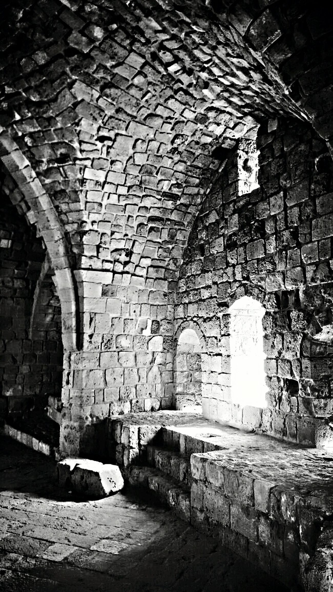 Castle. Street Photography OldButGold Eyephotography Mypictures Black & White EyeEm Best Shots Dreaming Anything! EyeEm Nature Lover Nice Photo Blackandwhite Photography Black Old EyeEm Gallery EMAzing Blackandwhite Capture The Moment Light And Shadow Photgraphy Bulding Old Buildings Old Past Nice Pic Castle