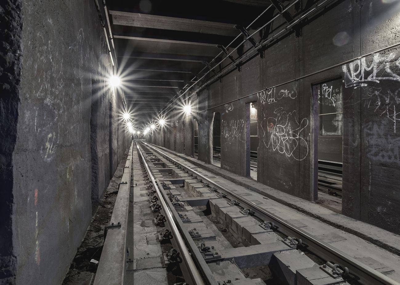 Cluster The Moment - 2015 EyeEm Awards EyeEm EyeEm Best Shots New York New York City ExploreEverything Notes From The Underground AEBEX