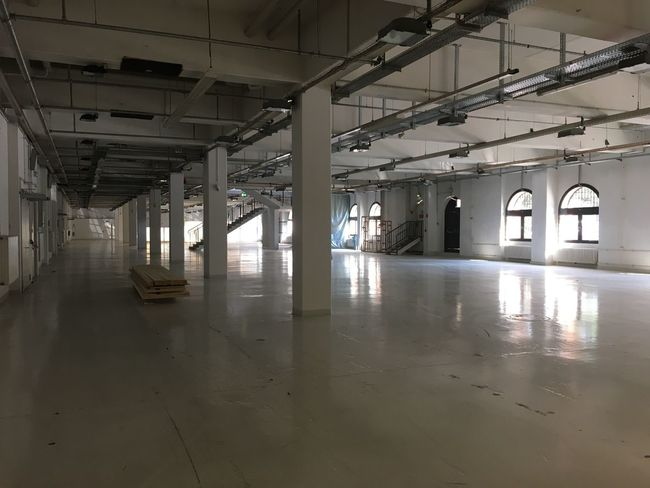 Indoors  Built Structure Architecture Ceiling Empty Flooring Architectural Column Column Pillar Interior Modern Architectural Feature No People Electric Light Ceiling Light