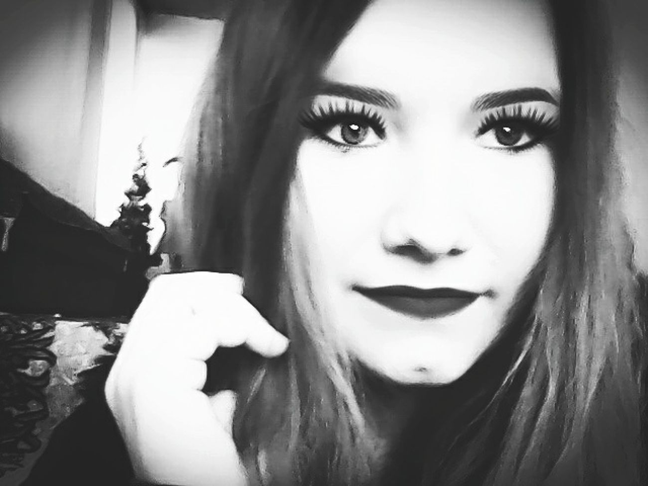 Pretty Girl Beamodel Smile ✌ ModelPose  Popular Photos Sonrisa Shiningeyes Blackandwite Blancoynegro Blackandwhitephotography Photo Blackandwhite Blancoynegro Hairstyle Makeup Lovely Browneyes Blanco Y Negro Selfie ✌ Love Taking Photos