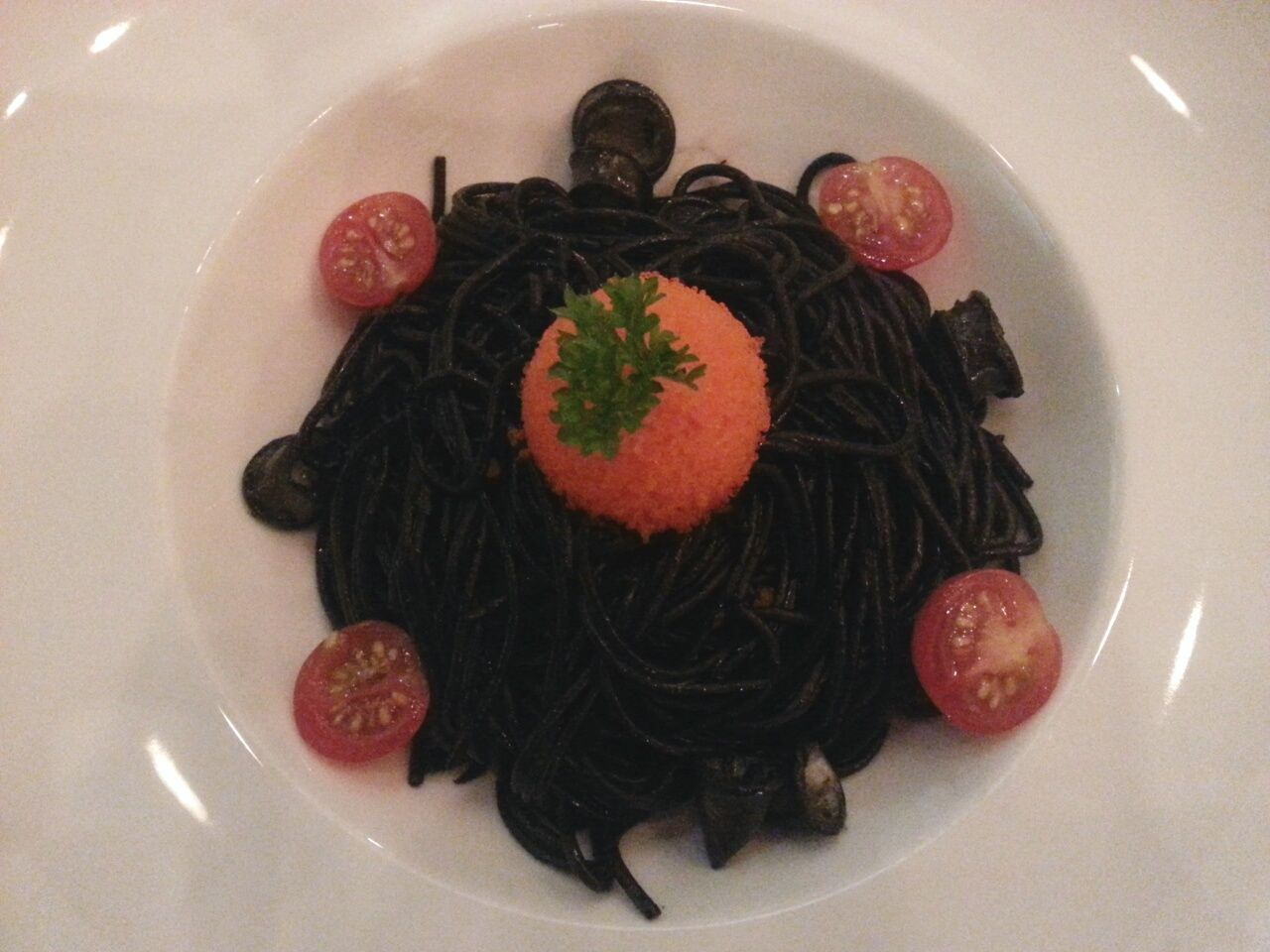 Here comes my fav Squid Ink Pasta again ♡♡ Food Dinner Foodphotography Inmymouf Yummy Eat Eat And Eat