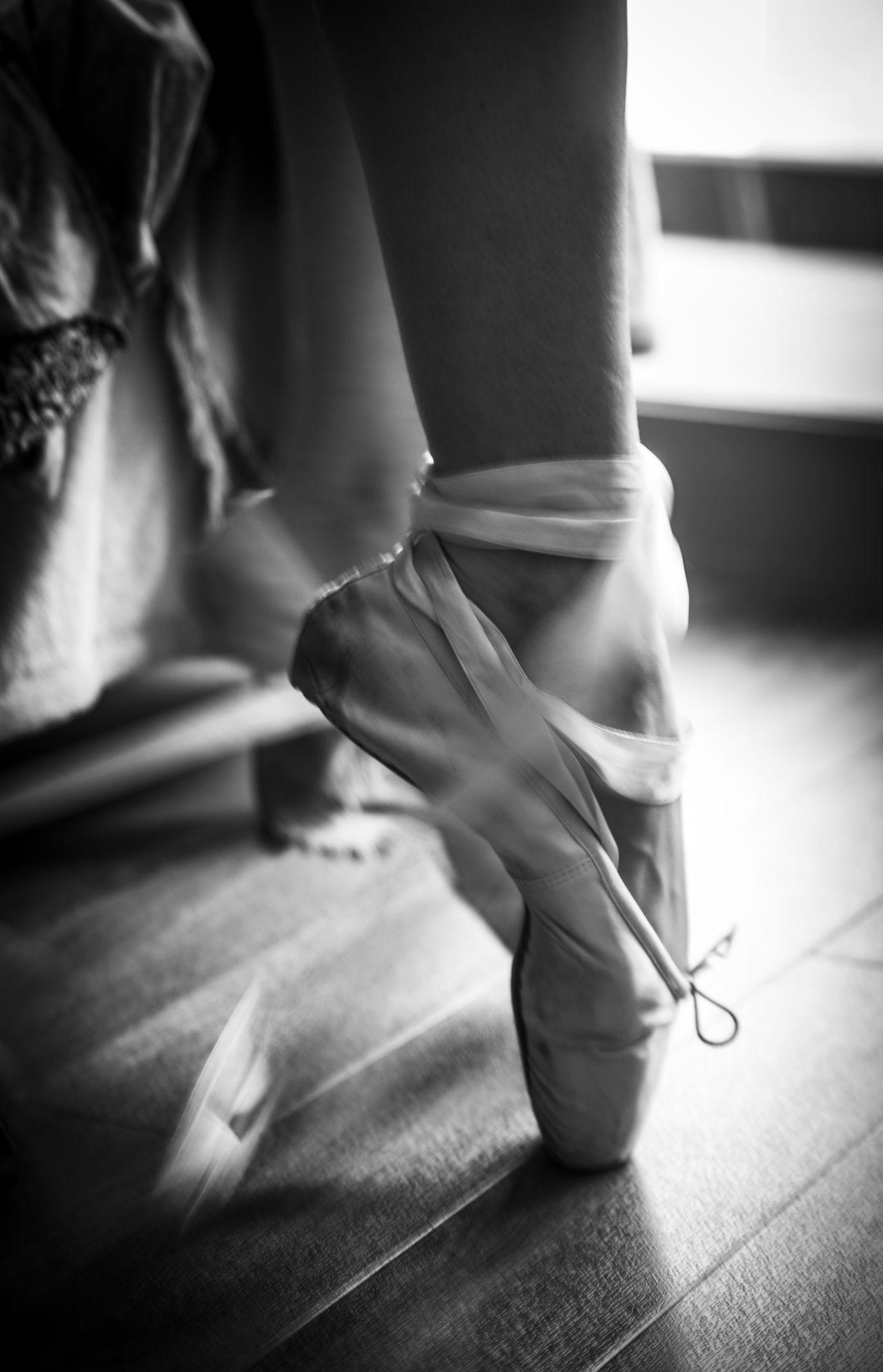 Ballerina Ballet Ballet Dancer Ballet Shoes Close-up Dance Photography Dancer Human Foot Movement Pointe  Pointe Shoes Rehersal Ribbon Women