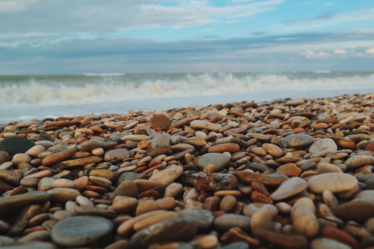 Washed away... Beach Sea Nature Horizon Over Water Shore Pebble Beach Beauty In Nature Surface Level Tranquility Sky Sand Pebble Details Of My Life Moments Of Life My Favorite Photo Fresh On Eyeem  Travel Destinations Travel VSCO Weather Relaxation Stones Stones And Pebbles Beach Life Rocks