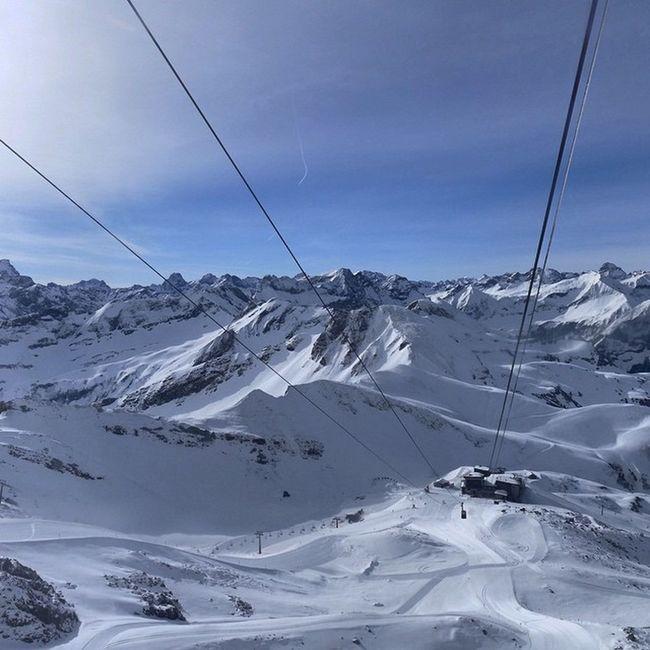 regram @dashoechste Winterwonderland Ende April Nebelhorn Oberstdorf Skifahren Snowboarden 😚 😚 😚 ❄ Skiing in Germany