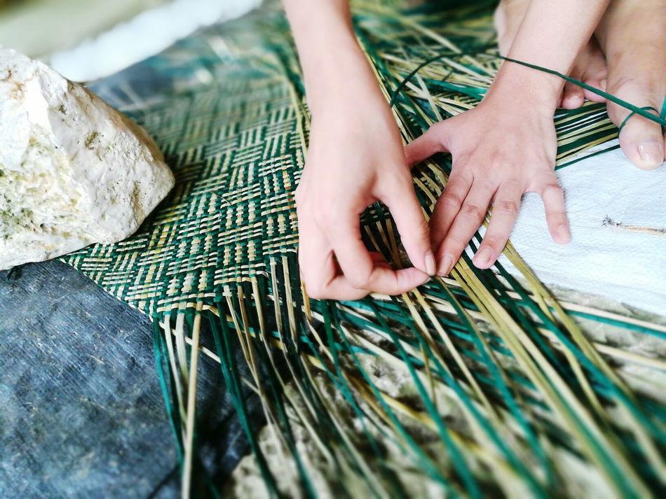 Art Is Everywhere Banig weaving in Basey, Samar, Philippines using local grass that grows in the vicinity. Weaving Weaving Leaf Weaver Philippines People Work Working Hands Women Women Around The World Women Who Inspire You Women Of EyeEm