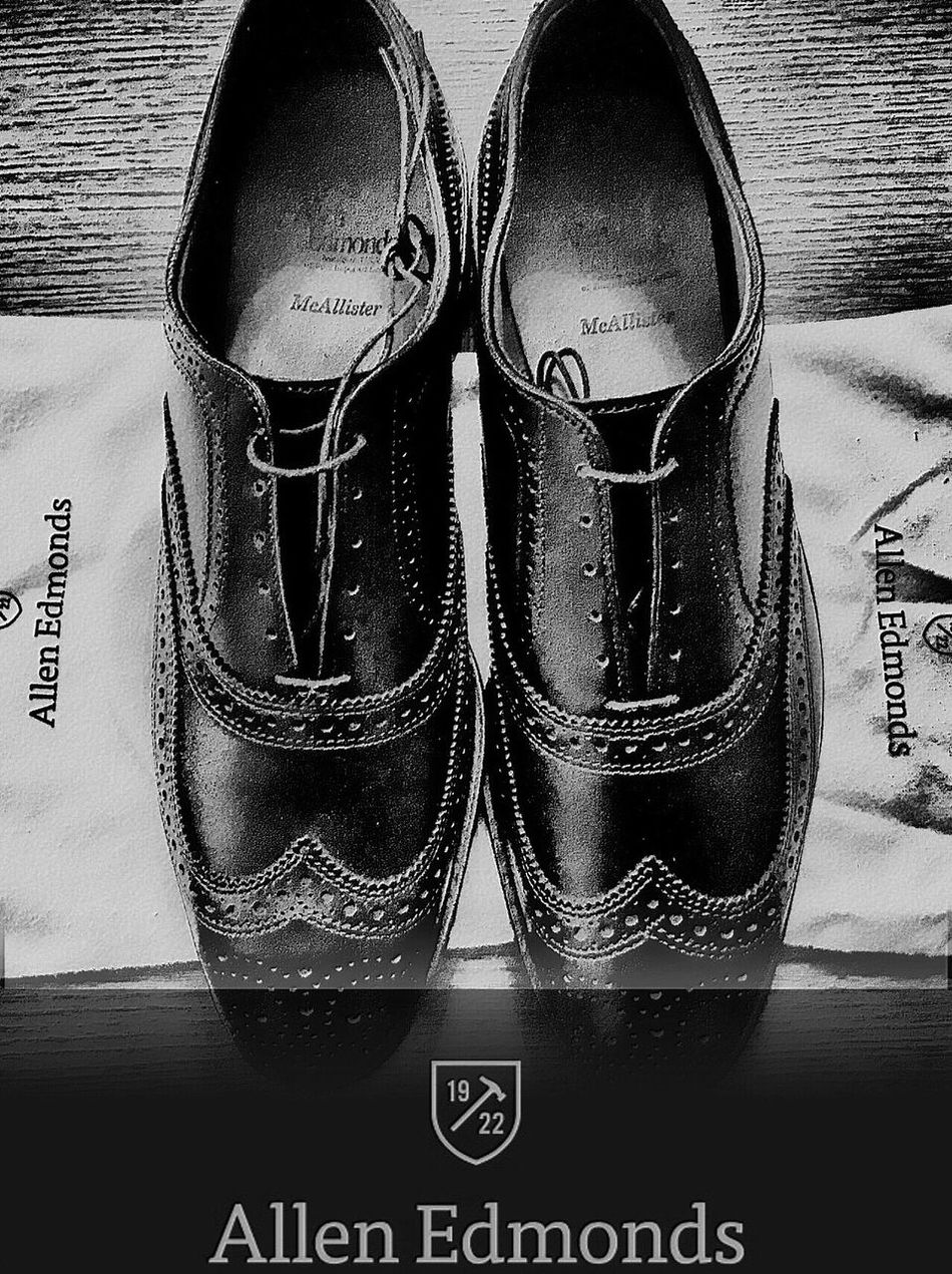"""""""No one on the corner has swagger like us"""" (M.I.A. voice) Sophisticated Swag GROWNMANSWAG Grownup Life Enjoying Life Filter Taking Photos Black Mensfashion IPhoneography Quality Shoes Wingtips Allen Edmonds Blackandwhite Professionalblackmen Splitpic"""