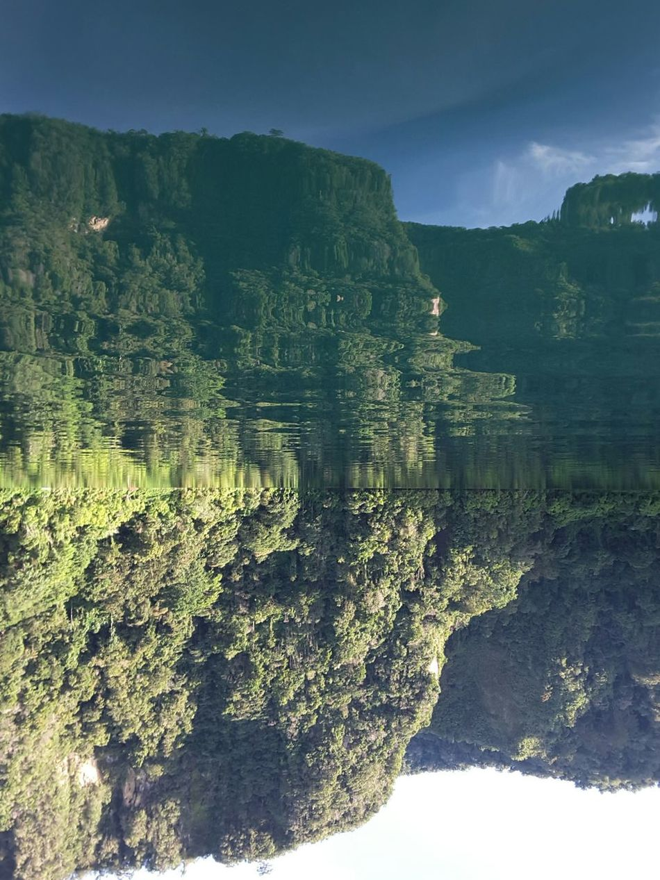 Reflection Lakeholon Tranquil Scene Refraction