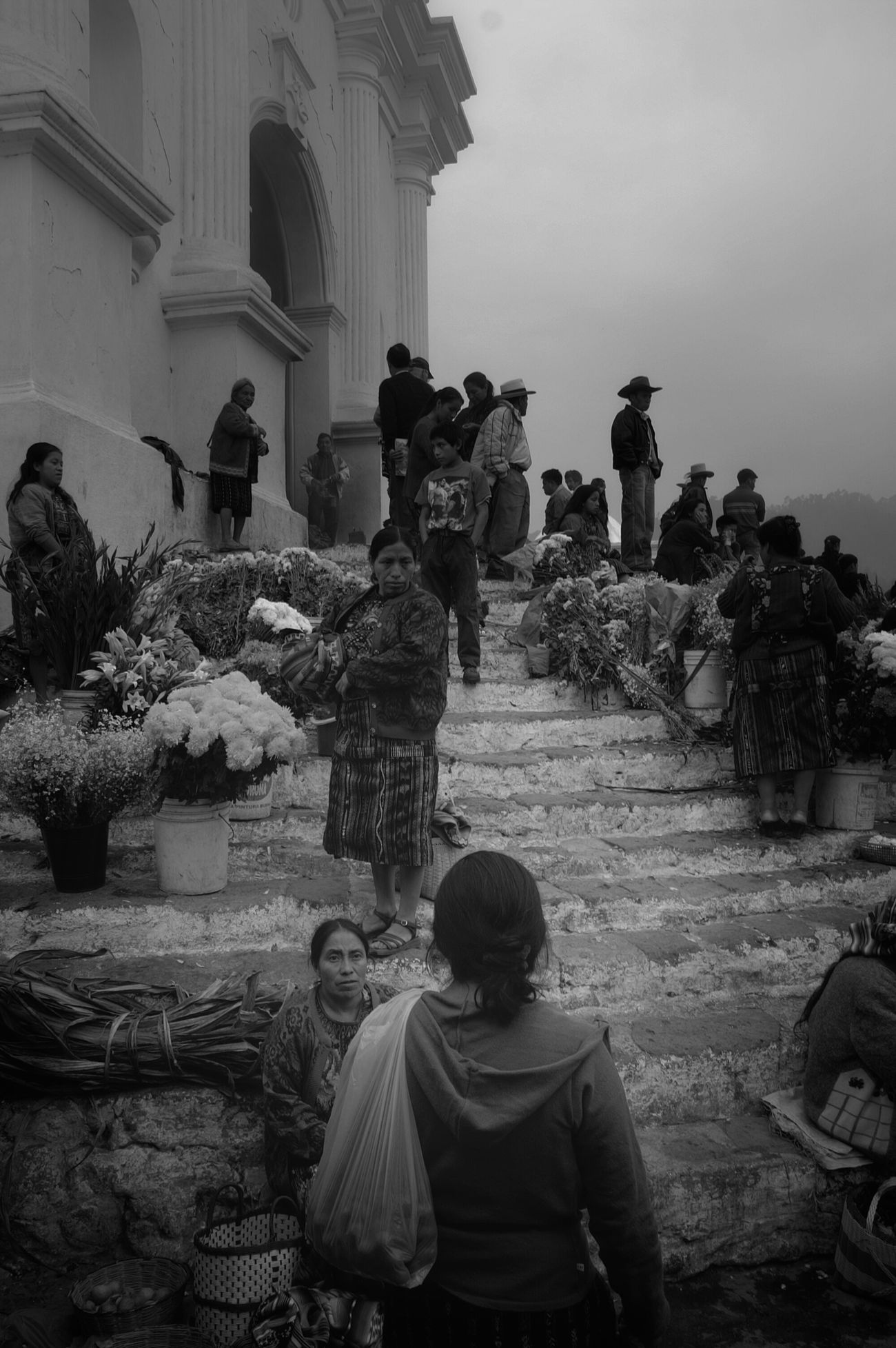 Chichicastenango market day ( jour de marché!) - Guatemala 2008. {souvenir of journeys worldwide} Blackandwhite Taking Photos Hello World Bnw_friday_challengeyeem