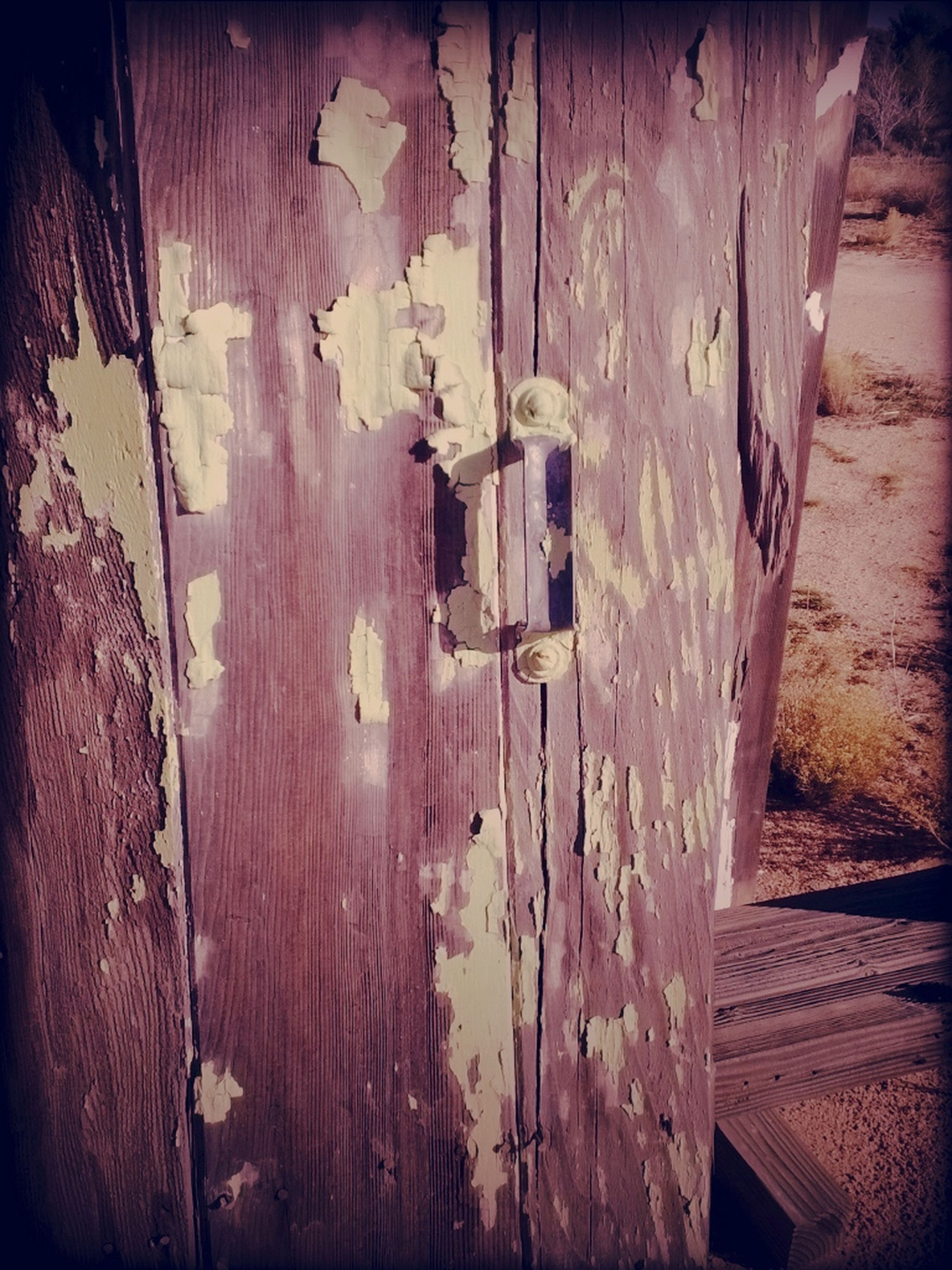 built structure, architecture, weathered, wood - material, old, abandoned, house, building exterior, damaged, door, obsolete, run-down, deterioration, wooden, wall - building feature, wood, bad condition, wall, day, ruined