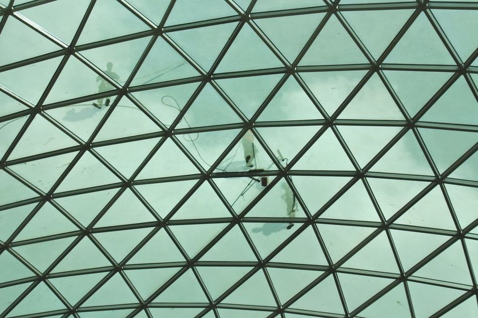 """""""Look up"""" Sometimes you are under something Beautiful ! Minimalism Sky London EyeEm Best Shots Architecture Geometric Shapes Taking Pictures City Photo Of The Day Fine Art Photography"""