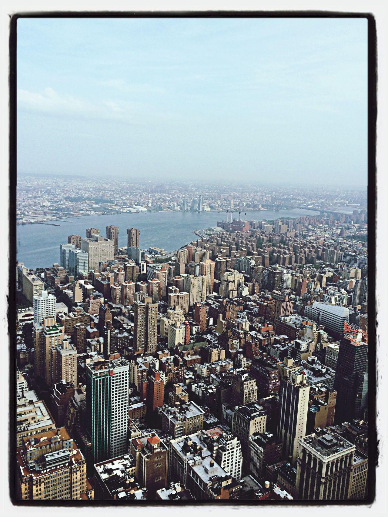 Newyorkcity Manhattan Traveling Fromempirestatebuilding