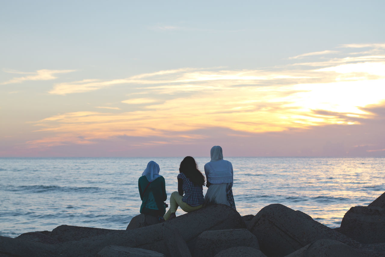 Beach Beauty In Nature Bonding Friendship Horizon Over Water Human Body Part Leisure Activity Men Morocco Muslim Nature Outdoors People Relaxation Sea Sitting Sky Standing Sunset Togetherness Travel Travel Destinations Vacations Water Women Women Around The World