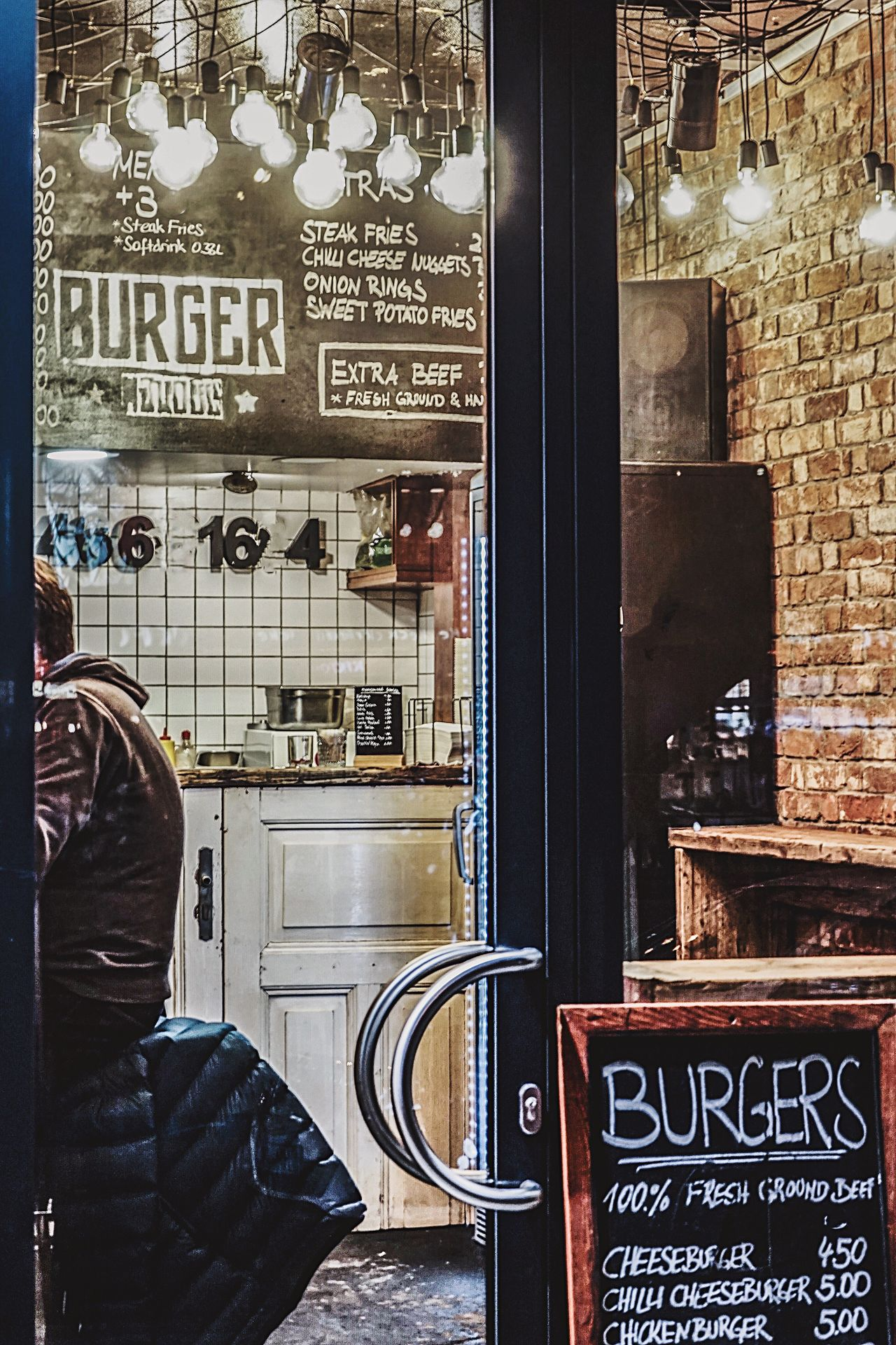 Text Cafe Food And Drink Temptation Food And Drink Industry Illuminated Food Store Window One Person Outdoors Day People Fastfood Burgers & Fries StPauli Nights Best Burger In Town Reeperbahn  Redlightdistrict Store Restaurants Architecture City Nightlifephotography Adult Door