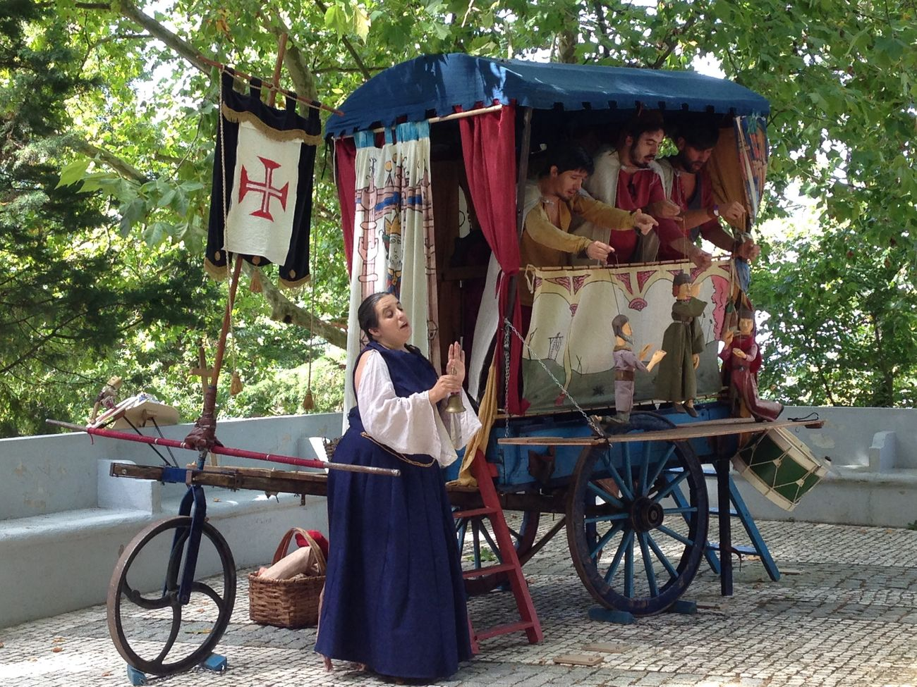 Feira Medieval em Palmela Bicycle Casual Clothing Day Front View Full Length Land Vehicle Mode Of Transport Outdoors People And Places Person Theatre Theatre Arts Transportation Tree Young Adult