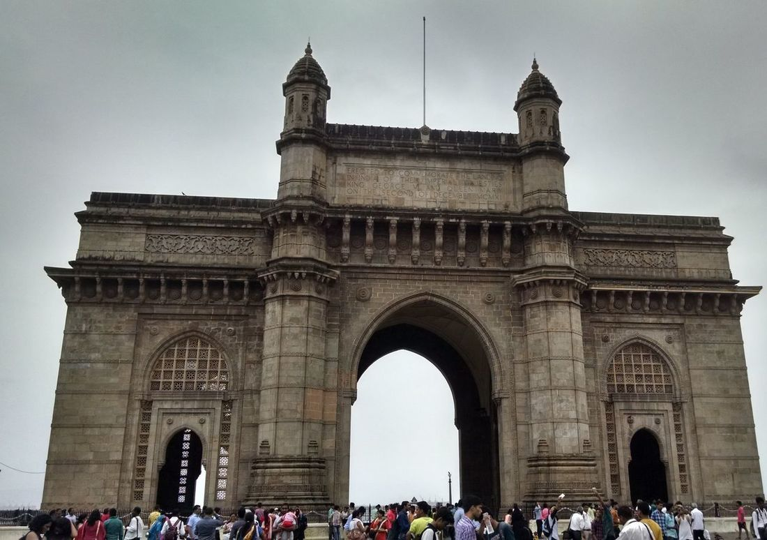 Gatewayofindia India Mumbaimerijaan Mumbai Check This Out EyeEm Gallery Fun with Friends Rainy Days Awesome Architecture Worldcities Maharashtra Architecture_collection Battle Of The Cities Worldwide_shot Hidden Gems  The Architect - 2017 EyeEm Awards