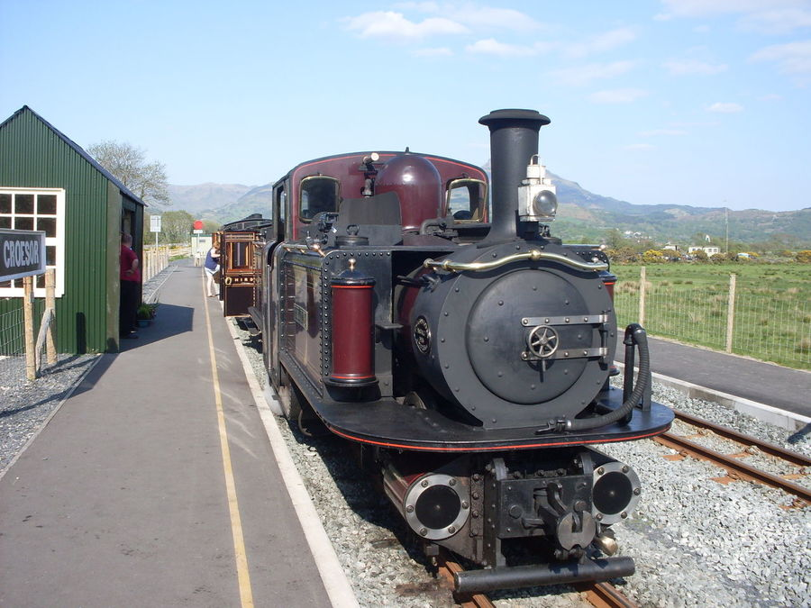 Day Locomotive Mode Of Transport No People Outdoors Railroad Track Railway Railway Station Steam Engine Steam Train Sun Train - Vehicle Transportation