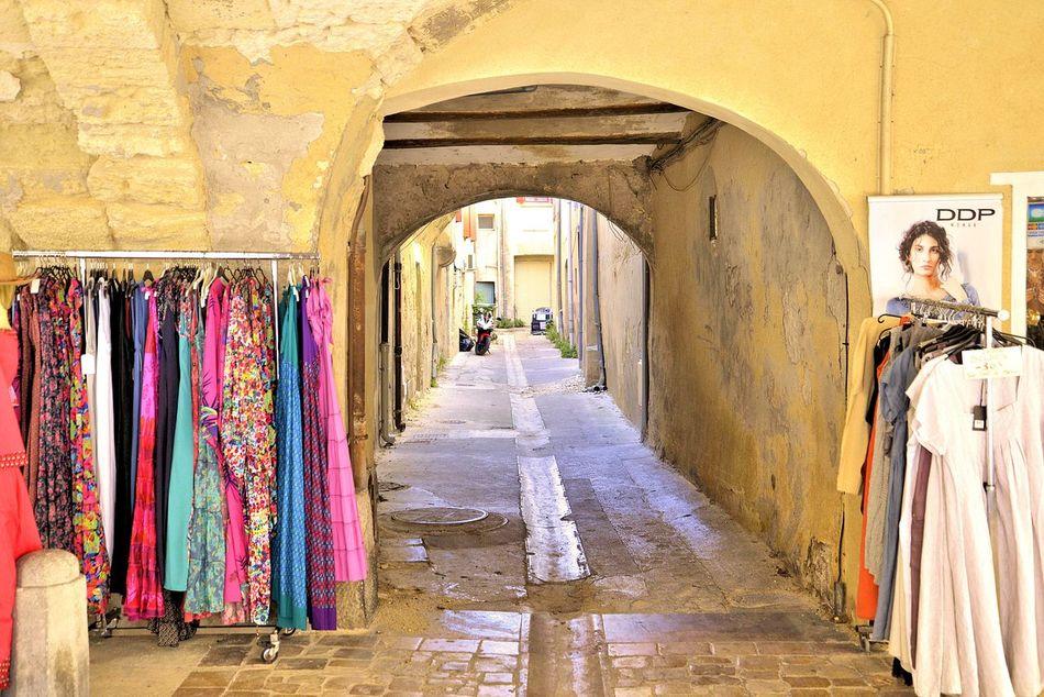 France🇫🇷 Uzés Provence Street Photography Summer Feelings  Enjoying Life Holidays ☀ Shopping ♡ Hanging Out
