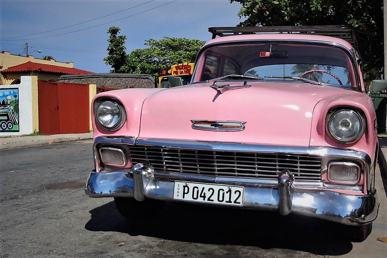 Antique Car Car Collection Collector's Car Cuba Day Millennial Pink No People Old-fashioned Outdoors Retro Styled Sky