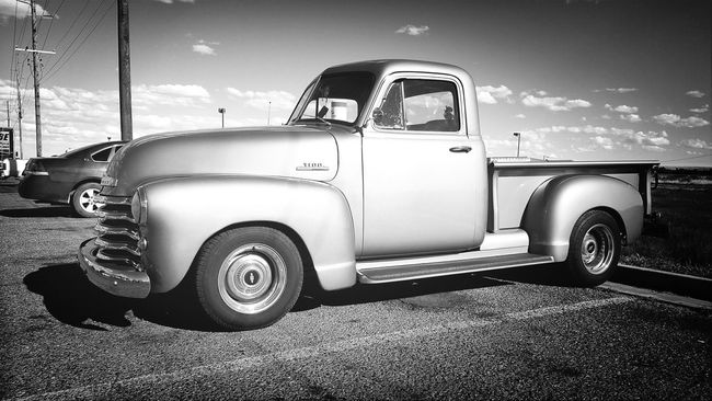 Cool Truk 53 Chevy Architecture_bw