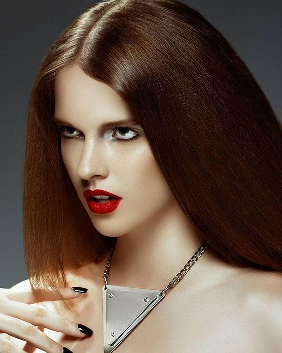 Beauty Pinkfloyd Perthisok Metropolis Metal Mua . Makeupartist Fashion Metallica Fashionblog Vogue . Voguebeauty Vogueitalia