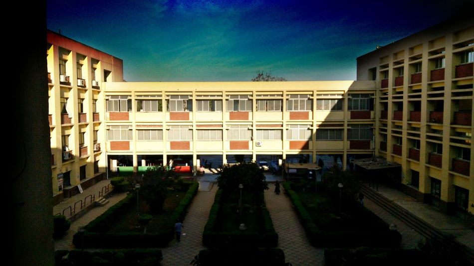 College Architecture Sky Day Built Structure Building Exterior Architectural Column No People Outdoors Ain Shams Uni Cairo Egypt University First Eyeem Photo