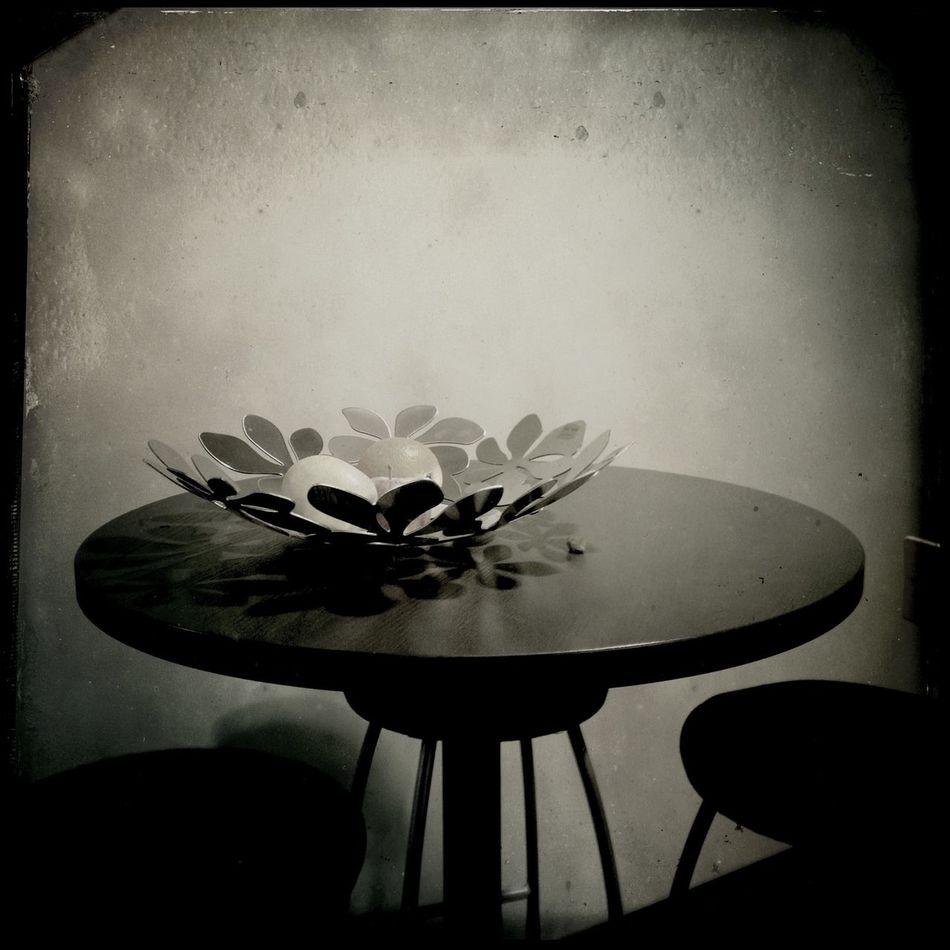 ...circles at the office NEM Black&white
