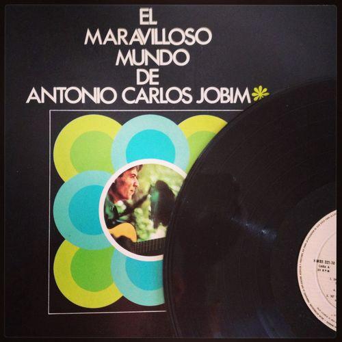 "Now spinning ""El maravilloso mundo de Antonio Carlos Jobim"" (1970 Spanish original press) Vinyl Music My Vinyl Collection Tom Jobim"