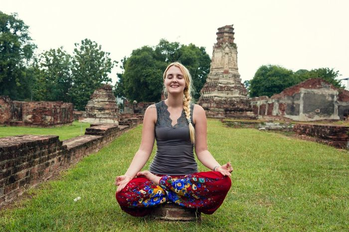 Yoga Meditate Thailand Temples Alternative Exercise