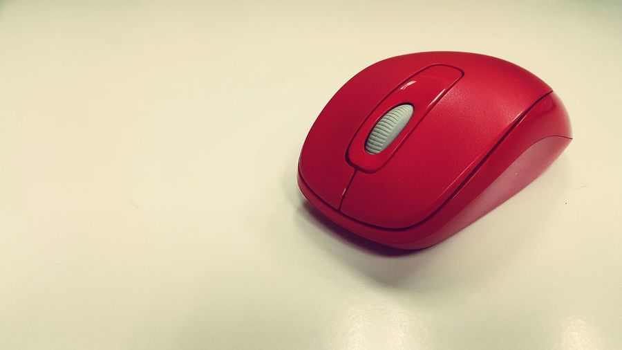 Red wireless mouse Red Mouse Wireless Computer IT Technology Comfortable Right Click Click Select Work