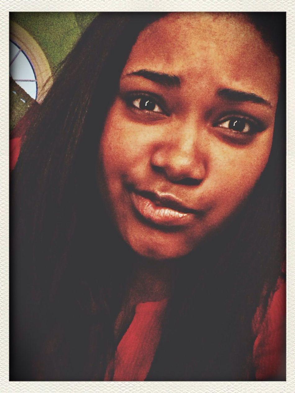 One love. One house. Kik Me ♥ Good Vibes Novelty Selfie Monday