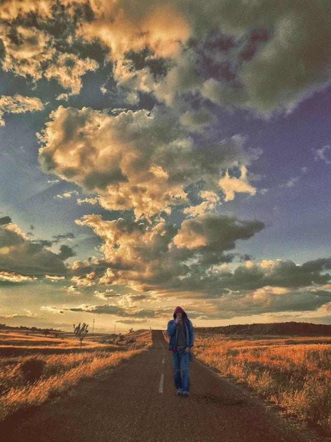 Beauty In Nature Cloud - Sky Day EyeEm Best Shots EyeEm Nature Lover EyeEmNewHere Landscape Lifestyles Sky Walking