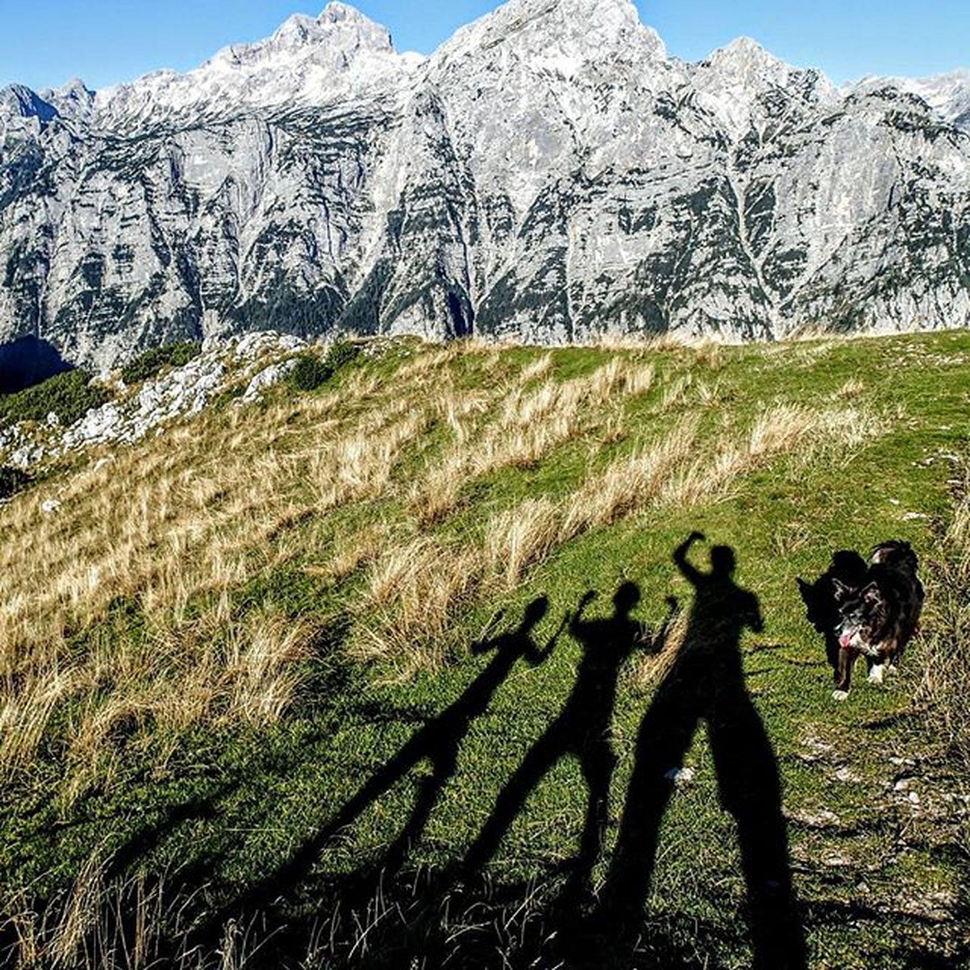 Debelapec Triglav Rjavina Julijskealpe Julianalps Alps IfeelsLOVEnia Igslovenia Slovenija Triglavnationalpark Montagne_my_life Mountainworld Alpinebabes Mountaingirls Shadow Loves_mountains Visitslovenia Sportaddict Ig_neverstopexploring Keeponsmiling Lifeisgood Ilovehiking Boardercollie Bestcompany  Perfectday whataview @b_a_c_k_ ocistimogore razmerevgorah pLaygroUnD 💚💚💜💙💙💛💛❤❤