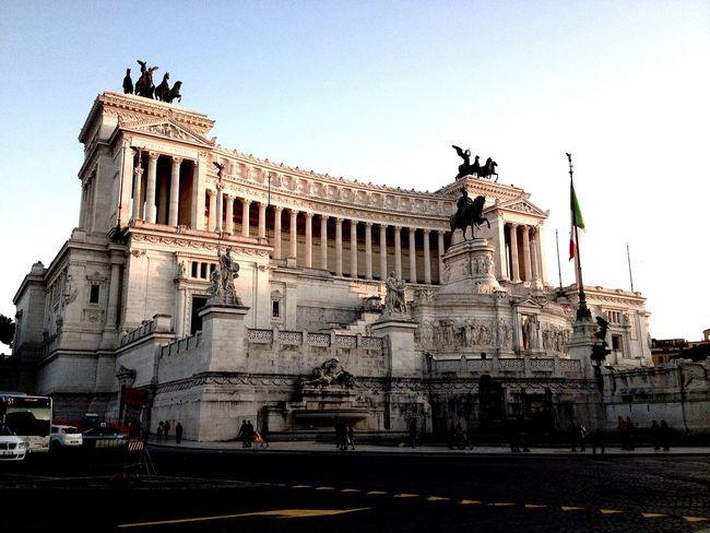 Altaredellapatria Roma Amazing View Architecturelovers Roma Caput Mundi Italy Fromromewithlove Giuliamolino